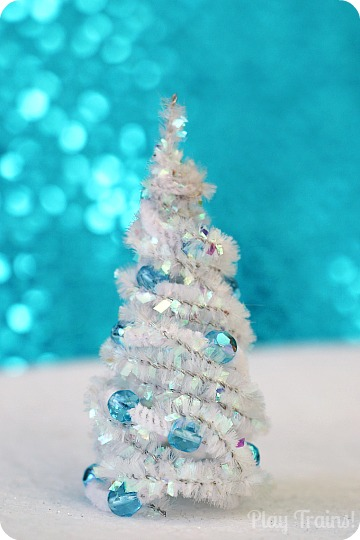 Pipe Cleaner Trees Christmas Craft
