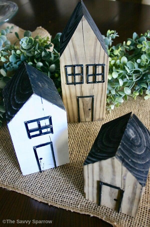 DIY Decorative Wooden Houses