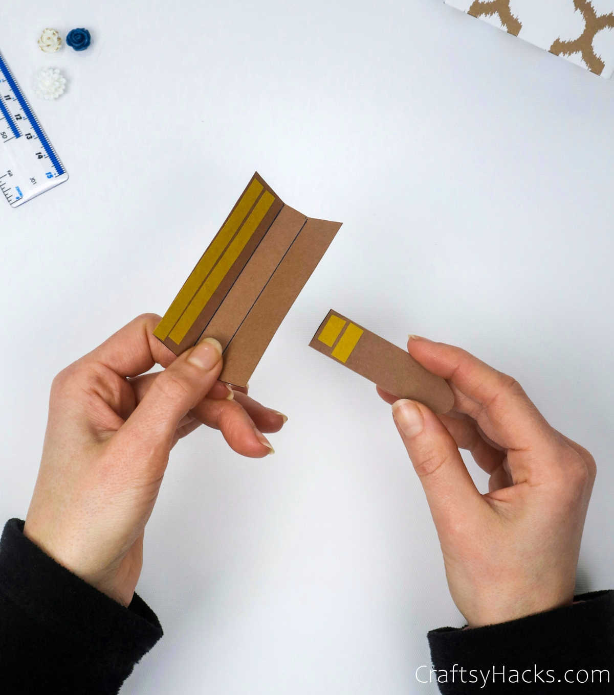taping lid together