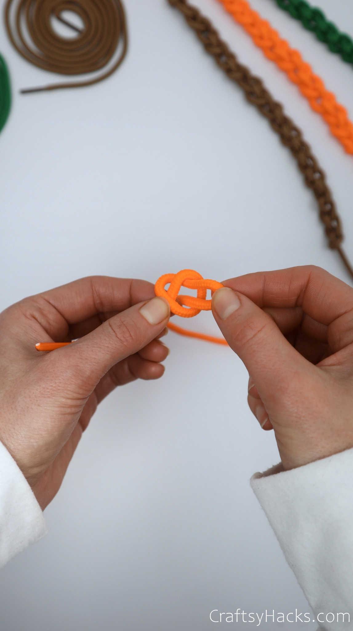 weaving shoelace