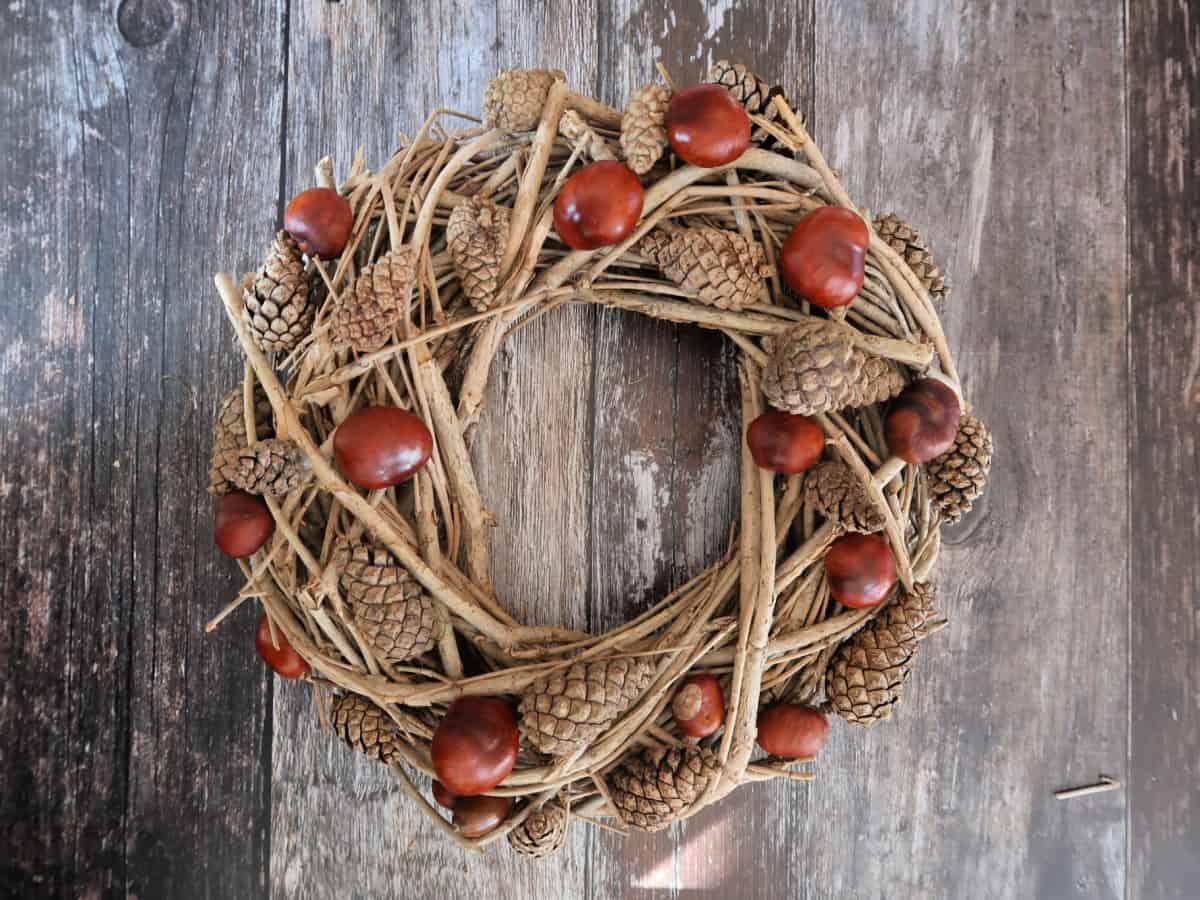 Acorn Pinecone Wreath