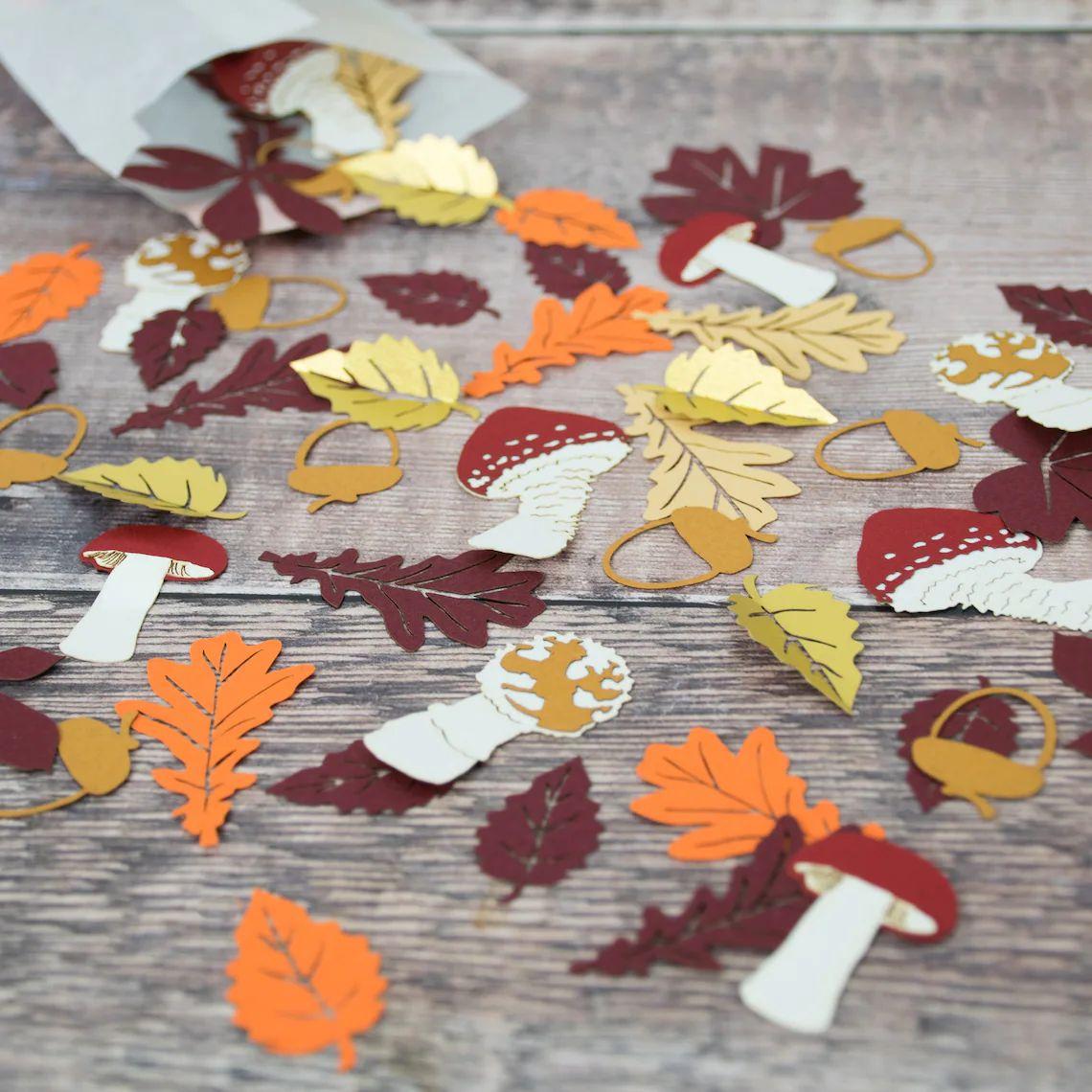 Fall Woodland Table Confetti