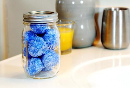 DIY Sugar Scrub Snowball