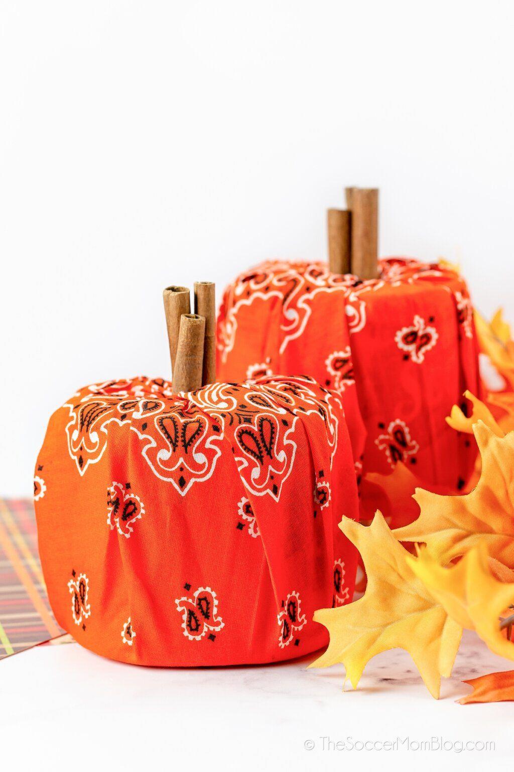Bandanna Pumpkins