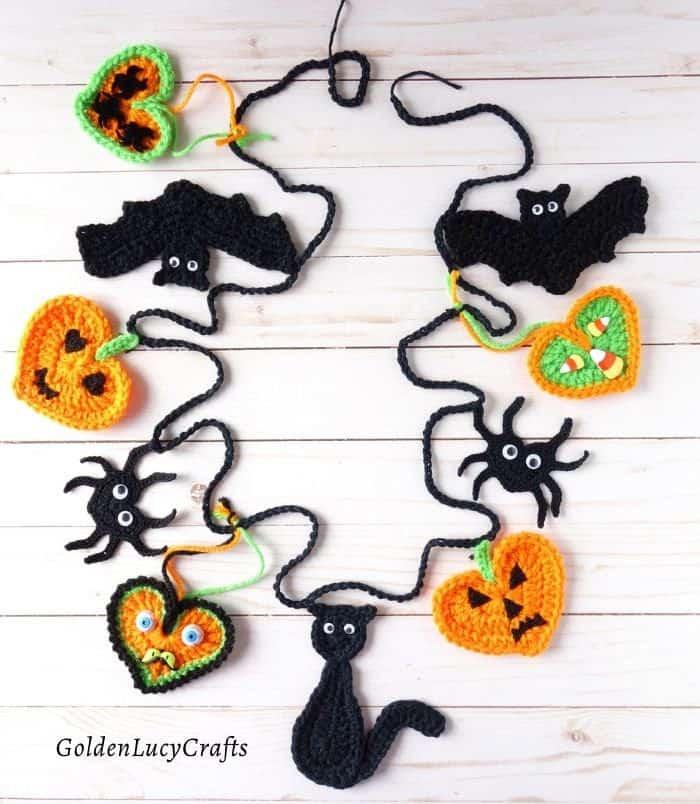Crochet Halloween Bunting